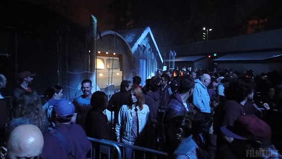 Encounter alien terror in THE THING: ASSIMILATION maze at Halloween Horror Nights 2011