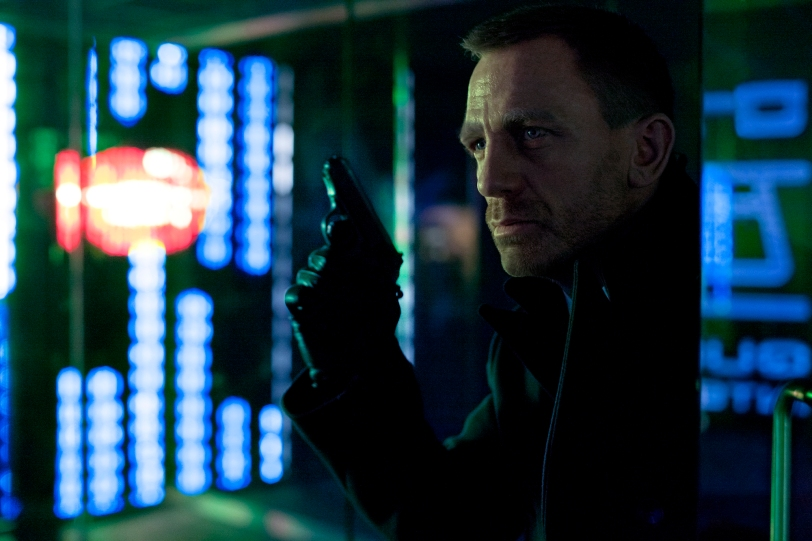 First official shot released from SKYFALL of James Bond (DANIEL CRAIG) from a scene set in Shanghai.  Daniel Craig stars as James Bond in Metro-Goldwyn-Mayer Pictures/Columbia Pictures/EON Productionsí action adventure SKYFALL. Photo by Francois Duhamel.